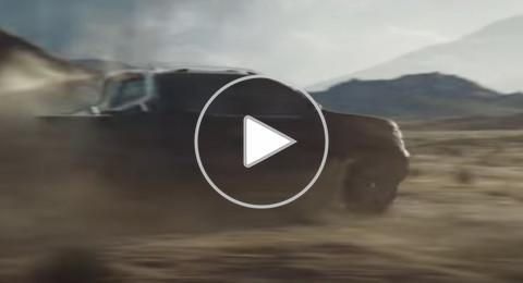 مرسيدس بنز تكشف عن أول سيارة