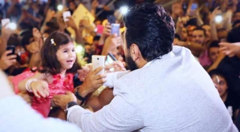تامر حسني ينقذ طفلة أردنية ما القصة؟