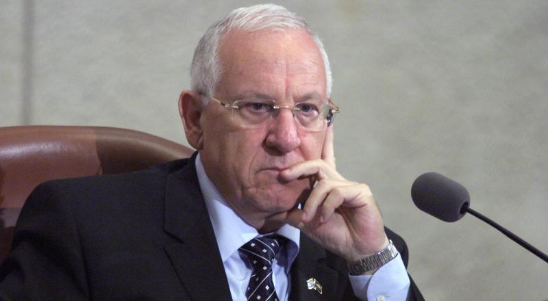 ريفلين يتوجه للقيادات العربية في إسرائيل والخارج ويطالبهم بإصدار موقف من عملية المسجد الأقصى