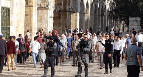 حراس الأقصى يحتجون على عرقلة اسرائيل لعملهم
