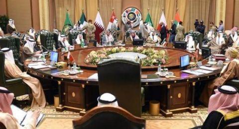 بغياب 3 زعماء ....القمة الخليجية تنطلق في الرياض