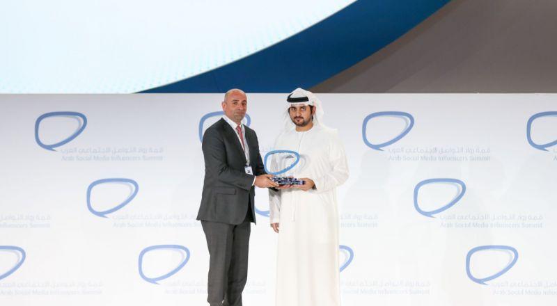 في احتفالية بحضور جلالة الملكة رانيا العبدالله، هيئة تنشيط السياحة الاردنية تتوج بجائزة التواصل الاجتماعي في العالم العربي