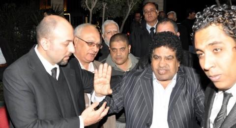 هاني شاكر ومحمد عدوية في عزاء محمد العزبي