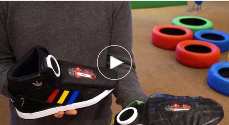 جوجل تكشف عن نموذج لحذاء متكلم