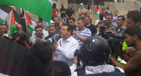 النائب ايمن عودة يشارك في مسيرة كفر قدوم لمناهضة الاحتلال والاستيطان في ذكرى النكبة
