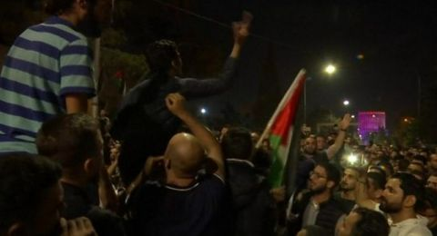 الحكومة الأردنية الجديدة تسحب قانون الضريبة