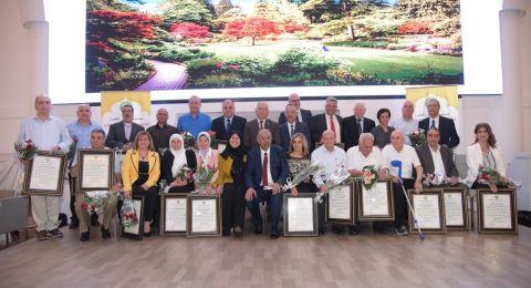 مستشفى الجليل يكّرم ثلاثة باحثين من أكاديمية القاسمي من ضمن 24 باحث عربي