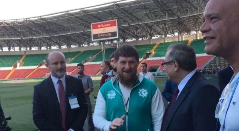 قديروف وحشد غفير يحضر أول تدريبات منتخب مصر في الشيشان