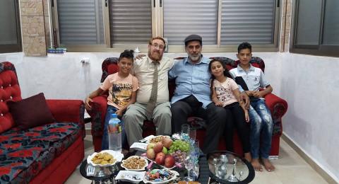 السلطة تعتقل فلسطينيا استضاف الحاخام يهودا غليك