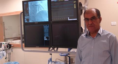 د. عمري: السكتة القلبية المفاجئة غالبًا ما تسبقها نوبات قلبية