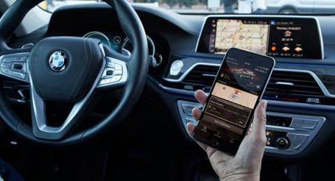 هل الأوامر الصوتية أكثر أماناً من التطبيقات في السيارات؟