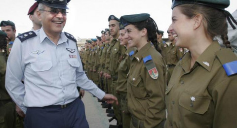 مجندات اسرائيليات يشتكين التحرشات الجنسية اثناء الخدمة