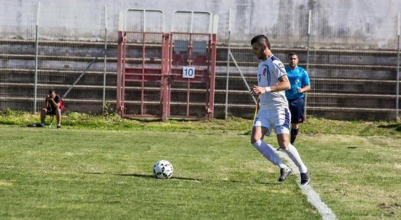 اللاعب محمود ابو ذيب يلتحق بكتيبة الاحمر العرعراوي