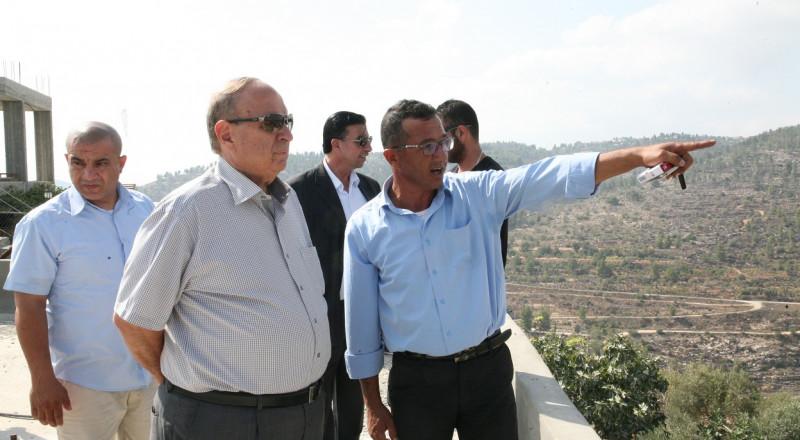 الحسيني :عزل قرية الولجة جزء من سياسة التوسع الاستيطاني والتطهير العرقي