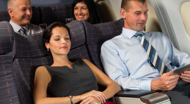 ماذا يحدث لجسم المسافر بالطائرة أثناء رحلة جوية؟