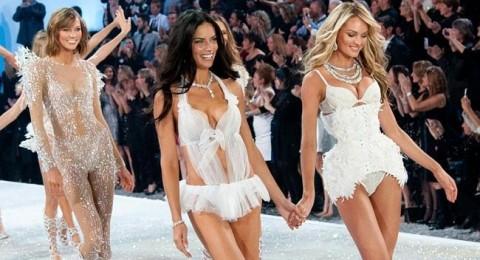 ملائكة Victoria's Secret يتألقن في عرض عام 2013