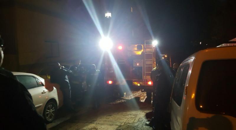 اشتعال 3 سيارات في طمرة.. والخلفية غير معروفة للشرطة
