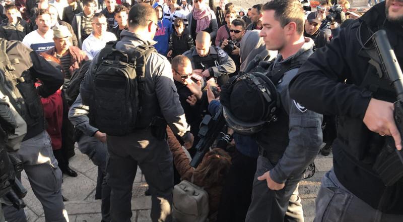 القدس: القوات الاسرائيلية تفرق تظاهرة في باب العامود