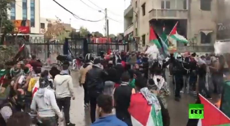 مواجهات في محيط السفارة الأمريكية ببيروت
