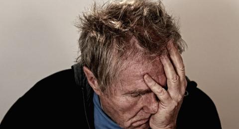 السؤال الأهم: كيف نميّز بين ألم الرأس والشقيقة (