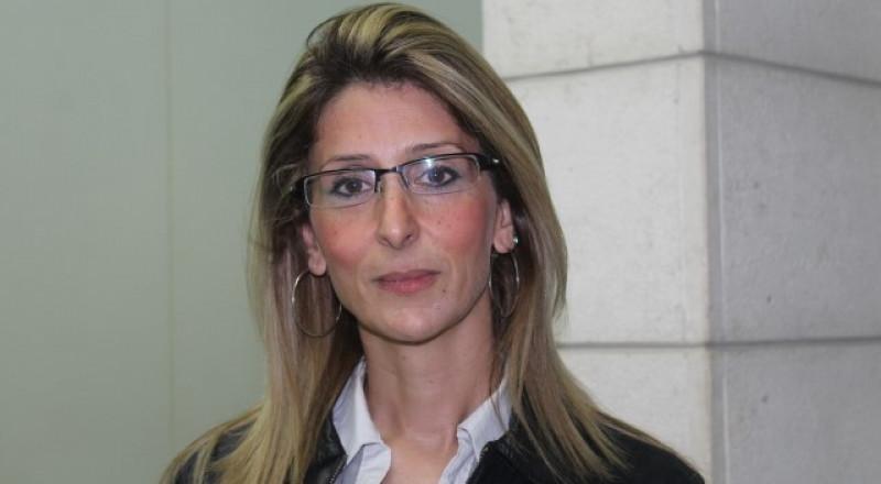 يمنى زعبي، اول امرأة عربية تعلن بترشيح نفسها لرئاسة مجلس اقليمي