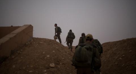 جندي إسرائيلي نام خلال مناورة عسكرية واستيقظ وحيدًا