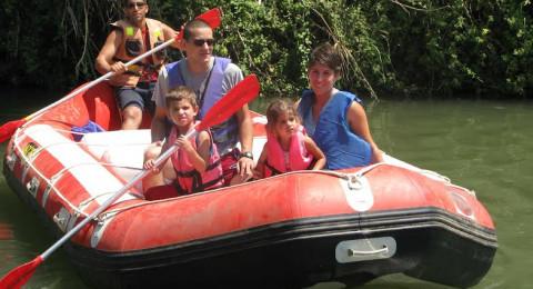 كاياكيم كفار بلوم تفتح مسار خاص للاطفال لركوب القوارب في نهر الاردن