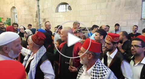 بالفيديو : فرقة الرازم لاحياء التراث الشعبي تحيي امسية رمضانية بالقدس