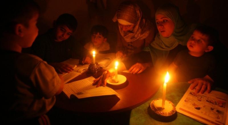 حركة كفاح تطلق حملة للمساهمة في إضاءة بيت في غزة، لحل ازمة الكهرباء
