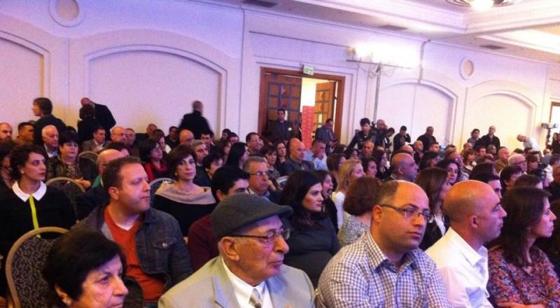 صندوق ومؤسسة مسيرة يستضيف الفنانة الصماء الحائزة على جائزة الاوسكار مرلي متلين