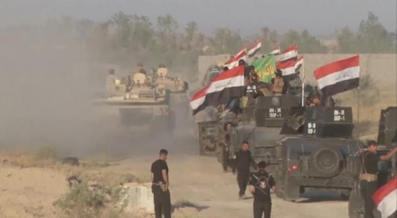 القوات العراقية تعلن تحرير الشريط الحدودي مع سوريا والأردن بالكامل