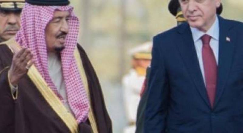 أردوغان يدعو العاهل السعودي لحل الخلاف مع قطر خلال رمضان