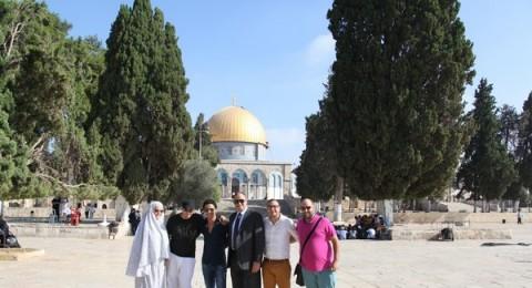 صور جديدة لنجم اراب ايدول احمد جمال في القدس