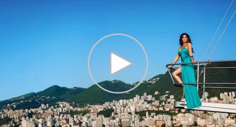 بالفيديو- اسم أغنية يثير معركة بين جمهور إليسا وتامر حسني