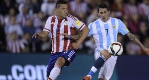 الباراجواي تفرض التعادل على الأرجنتين في تصفيات المونديال