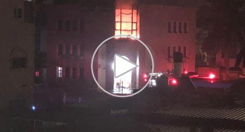 اشتعال النيران في مبنى بلدية قلنسوة