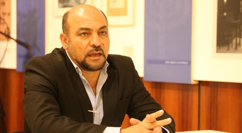 النائب غنايم: اليمين مسيطر، والمعارضة هزيلة، والمحكمة العليا مهدّدة!