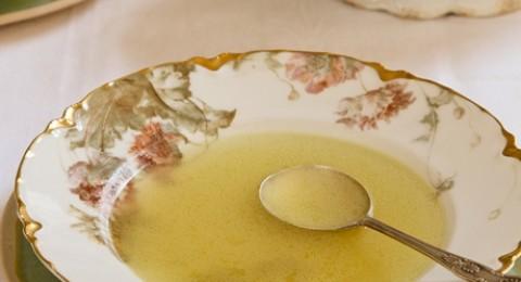 حساء الدجاج من مجلس تربية الدواجن