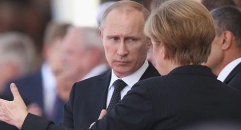 بوتين: لا ادرك كيف هزم 200 مشجع روسي آلاف من الانجليز