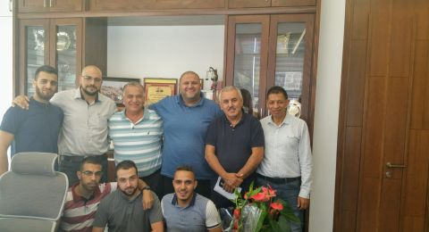 لجنة مسيرة عيد الاضحى تجتمع في بلدية الناصرة
