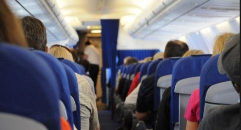 فضيحة اخلاقية داخل طائرة سفرية