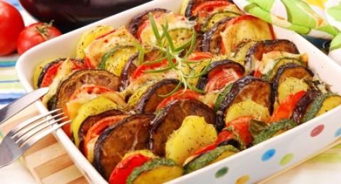 طريقة عمل صينية البطاطس والباذنجان