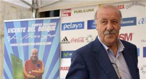 ديل بوسكي يتحدث عن كاسياس وبيكيه ومستقبله مع منتخب إسبانيا