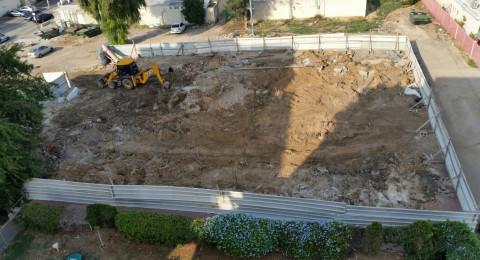بلدية عكا تبدأ الشروع ببناء حضانة اطفال للوسط العربي في عكا بتكلفة 3.5 مليون شاقل