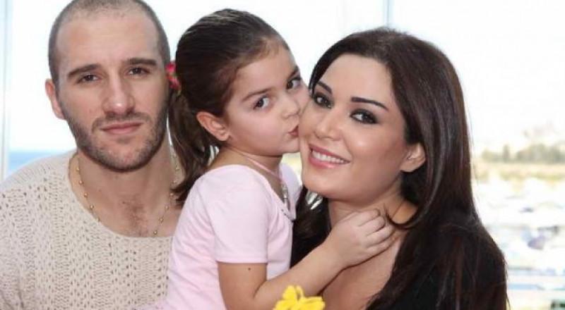 زوج سيرين عبد النور وابنتها يشعلان
