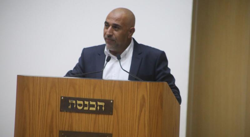النائب طلب ابو عرار يهاجم خطاب نتنياهو ويكشف معطيات مقلقة عن الفقر