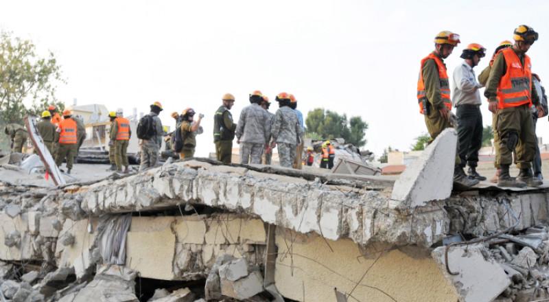 زلزال قادم يهدد البلاد .. آلاف القتلى وتسونامي