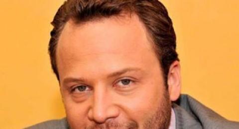 مكسيم خليل يترك سوريا ويقرر الاقامة ببيروت