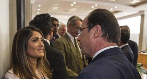 علاقة جديدة تربط سلمى حايك بالرئيس الفرنسي