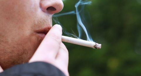 بحث إسرائيلي جديد: الإقلاع عن التدخين يؤدي إلى زيادة في الوزن
